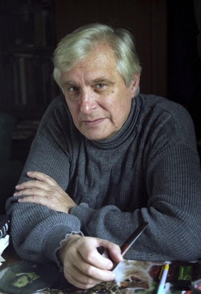 Олег Валерианович Басилашвили с трубкой