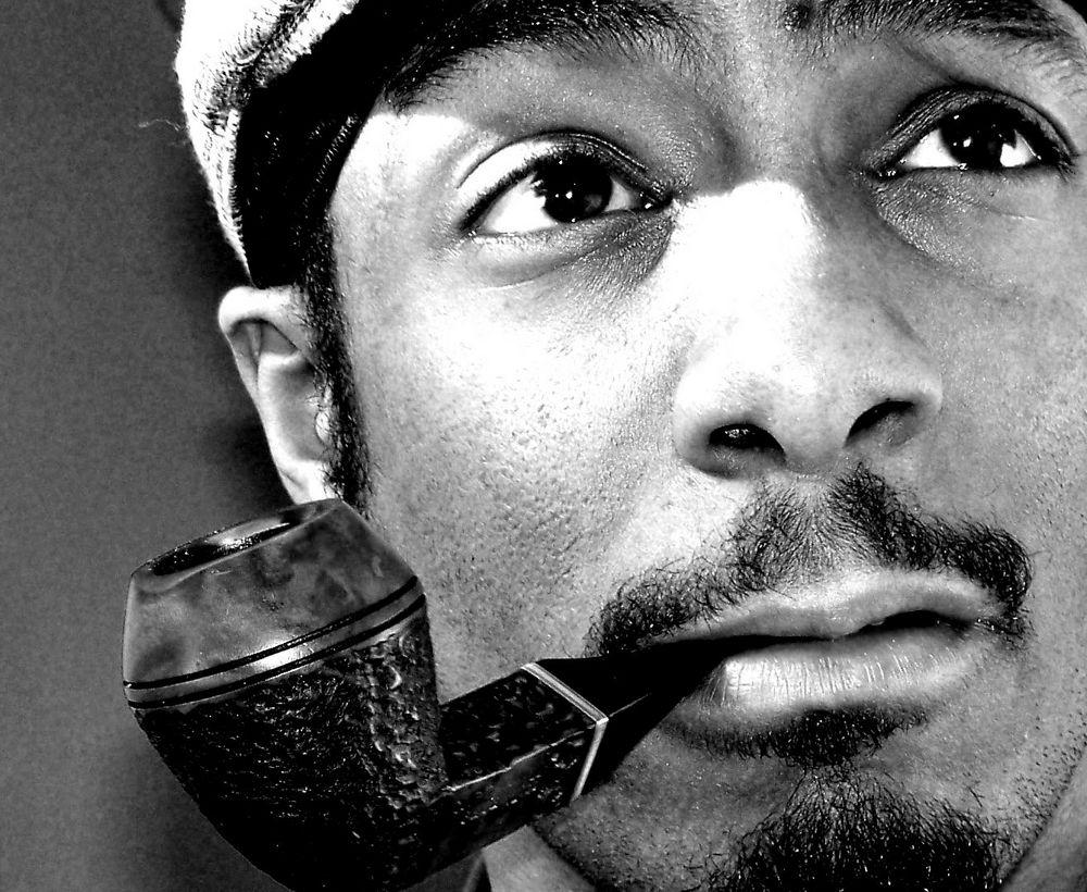 Snoop Dogg (Снуп Дог) с трубкой
